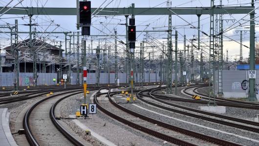 Am Hauptbahnhof in Erfurt werden wegen einer Sperrung an einem Wochenende im Juni keine Züge fahren.