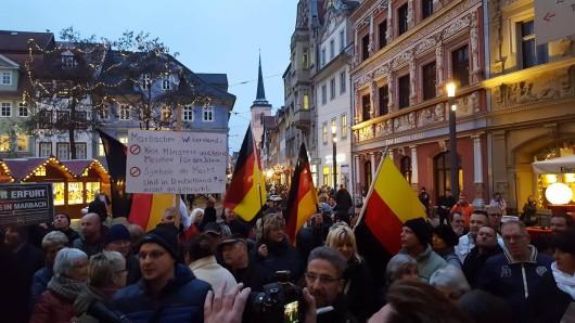 Im Dezember 2016 hatte es eine ähnliche Demo gegen die Moschee in Erfurt-Marbach gegeben. (Archivfoto)