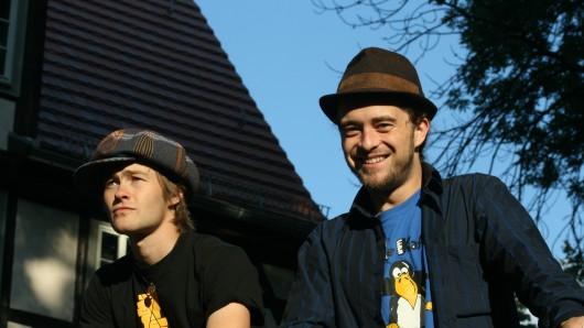 Kalter Kaffee - das sind Björn-Flavio und Tilo. Seit 2004 sind sie als musikalisches Duo unterwegs.