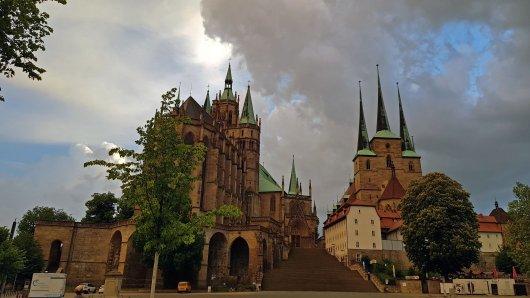 Die Hitze in Thüringen bringt auch Gewitter mit sich. Für Erfurt gilt ebenfalls eine Warnung.