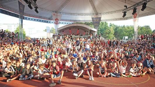 Bei den Meisterschaften im Streetsoccer auf Rügen waren auch viele Teams aus Thüringen dabei. Nach den Wettkämpfen wurde noch ausgiebig gefeiert.