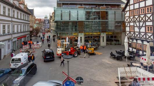 Hast du dich auch bereits gefragt, warum auf dem Benediktsplatz in Erfurt so viel gebohrt wird?