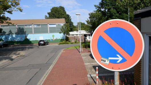Die Stadt will öffentliche Parkplätze streichen. Und zwar hier... (Symbolbild)