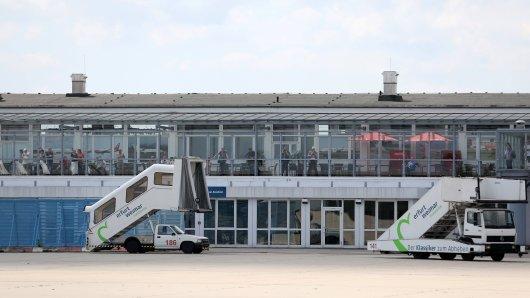 Aus diesem Grund herrscht plötzlich reger Betrieb am Flughafen Weimar-Erfurt. (Symbolbild)