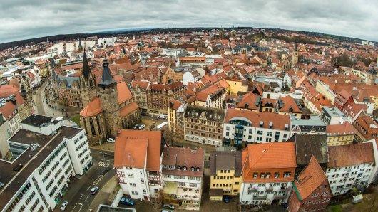 In der Johannesstraße (im Vordergrund) gibt es in Erfurt ab Samstag ein neues Restaurant. (Archivbild)