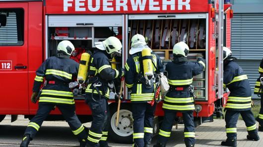 Die Feuerwehren in Thüringen sind am Dienstag zu mehreren Großbränden gerufen worden. Verletzt wurde zum Glück niemand (Symbolbild).