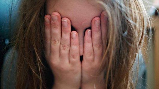 Über Jahre hat sich ein Mann im Unstrut-Hainich-Kreis sexuell an seinen Töchtern vergangen. (Symbolfoto)