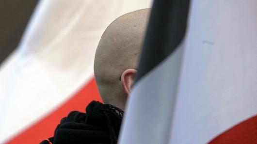 Die Zahl rechtsextremer Angriffe in Thüringen steigt nach Einschätzung der Opferberatungsstelle Ezra.