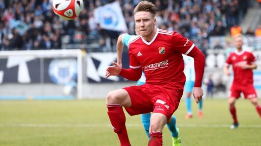 Alexander Schmitt wechselt ablösefrei vom VfB Germania Halberstadt zum FC Rot-Weiß Erfurt. (Archivbild)
