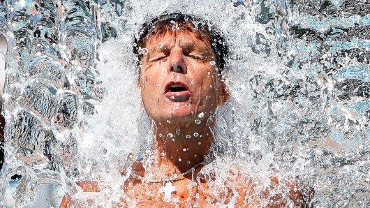Am Mittwoch erreicht die Sahara-Hitze in Thüringen ihren Höhepunkt. Da hilft nur eines: Abkühlung.