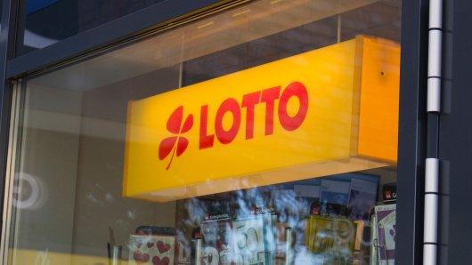Lotto: Ein Hellseher sagte einem Paar voraus, sie würden beim Lotto gewinnen. (Symbolbild)