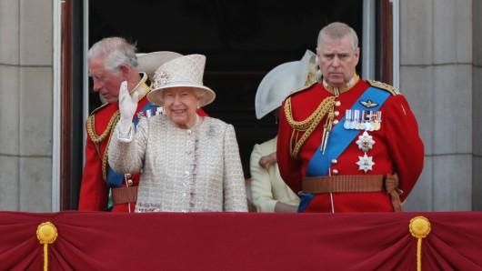 Auf dem offiziellen Instagram-Account des britischen Königshauses wurde ein Babyfoto von Prinz Andrew gepostet. (Symbolbild)