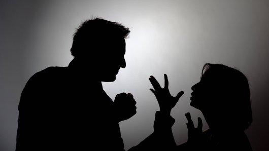 Ein Mann und eine Frau waren in Gotha, Thüringen, nachts auf der Straße in Streit geraten (Symbolbild)