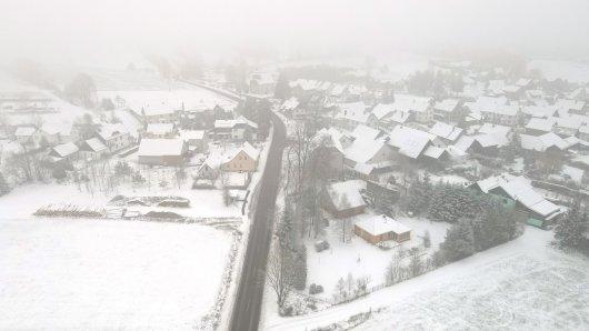 Schnee und Glätte sorgen nicht nur in höheren Lagen in Thüringen für Gefahr.