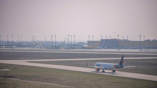 Start- und Landebahn Nord am Flughafen Leipzig/Halle bis September außer Betrieb. (Symbolbild)