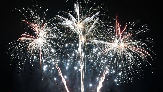 Jena: Ein großes Feuerwerk sorgte für Verwunderung bei den Anwohnern. (Symbolbild)