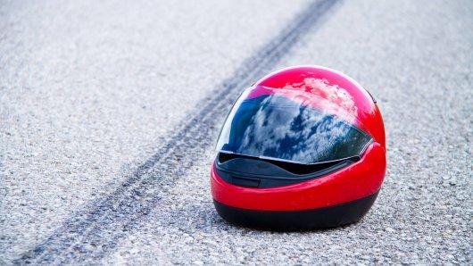 Im Landkreis Saalfeld-Rudolstadt kam am Samstag ein junger Motorradfahrer (19) ums Leben. (Symbolbild)