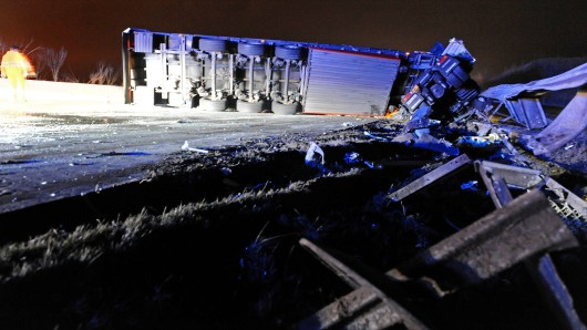Auf der A9 bei Dittersdorf ist am Montagmorgen ein Lkw umgekippt und hat so einen Stau verursacht. (Symbolfoto)