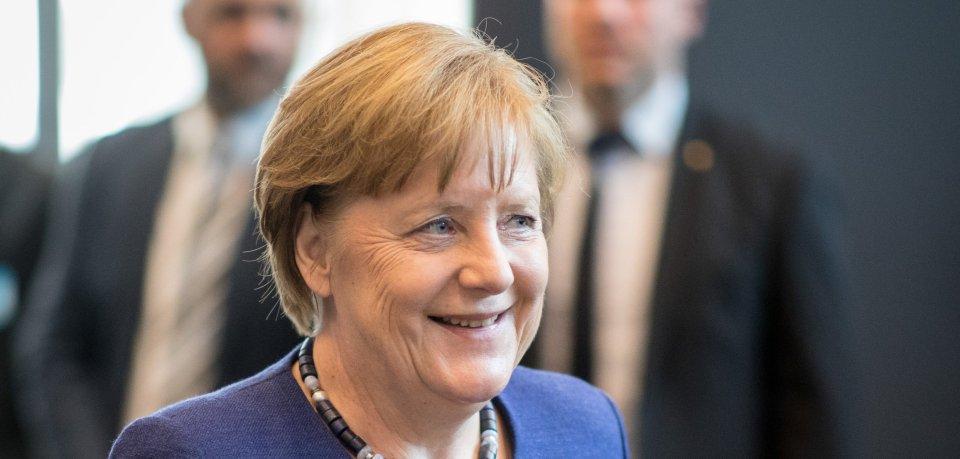 Die ostdeutschen Ministerpräsidenten treffen sich am Mittwoch im sachsen-anhaltischen Bad Schmiedeberg mit Bundeskanzlerin Angela Merkel.