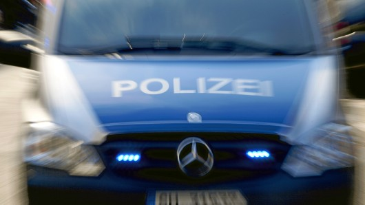 Zur Kirmes in Teichel musste die Polizei mit einem größeren Aufgebot anrücken. (Symbolfoto)