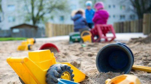 Ein Anwohner will in Thüringen gehört haben, wie auf einem Spielplatz Schüsse gefallen sind.