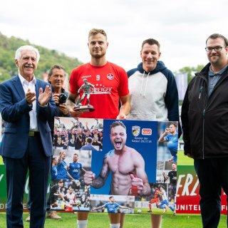 Der FC Carl Zeiss Jena hatte am Samstag (22.09.2018) in der 3. Liga den Kult-Klub 1. FC Kaiserslautern zu Gast. Dabei gab es auch ein Wiedersehen mit Timmy Thiele, der Sympathieträger war im Sommer vom FCC zum FCK gewechselt.