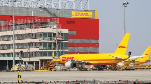 DHL will sein Drehkreuz am Flughafen Leipzig/Halle ausbauen, jetzt expandiert auch der Airport selbst weiter.