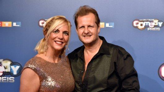 Jens Büchner und seine Danni beim Deutschen Comedypreis 2018.