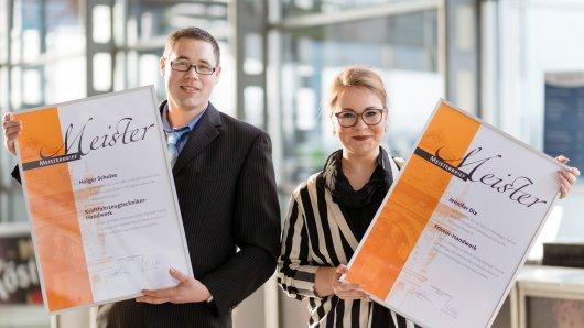 Stolze Jungmeister: Jennifer Dix und Holger Schulze schlossen mit den besten Prüfungsergebnissen ihres Jahrgangs ab.