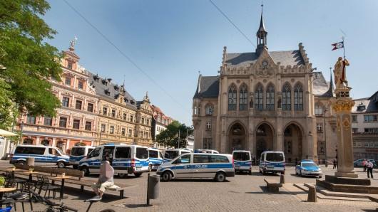 In Erfurt wurden Rathaus und Fischmarkt evakuiert.