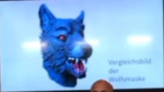 Eine Wolfsmaske dieser Art soll der Vergewaltiger in München getragen haben.