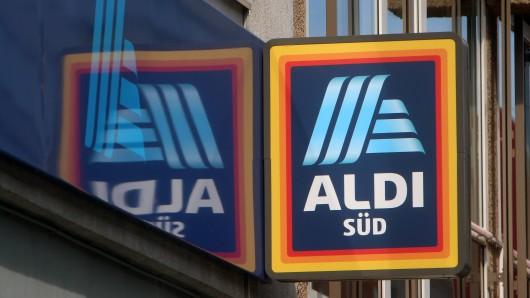 Ein Kunde von Aldi Süd ärgert sich über ein bestimmtes Produkt des Discounters. ( Symbolfoto)