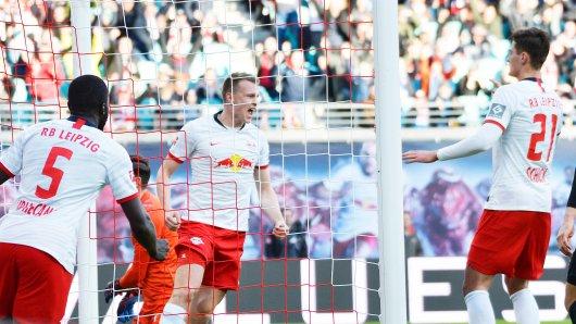 RB Leipzig - Werder im Liveticker: Lukas Klostermann brachte die Bullen in Front.