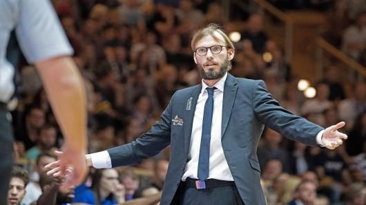 easycredit Basketball Bundesliga Spieltag 4 Hakro Merlins Crailsheim vs Science City Jena am 20.10.2018 Trainer Björn Harmsen (Jena) unzufrieden, Portrait Arena Hohenlohe