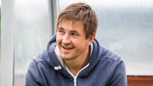 """Kevin Pannewitz hat jetzt gemeinsam mit seinem Ex-Verein FC Carl Zeiss Jena ein """"Panne-T-Shirt"""" kreiert."""