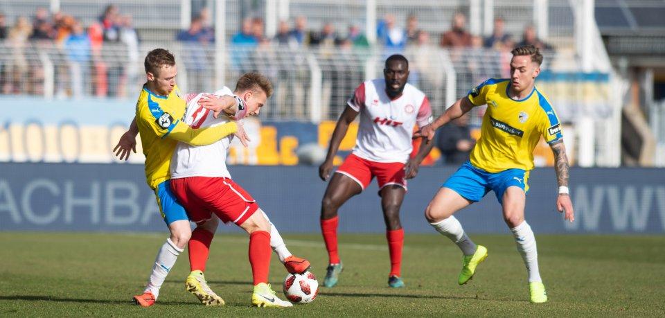 Der FCC Carl Zeiss Jena hat am Samstag gegen Fortuna Köln verloren.