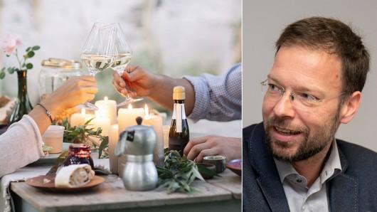 Eine ersteigerte unbezahlbare Gelegenheit wird zum Politikum. Mehrere Initiativen aus Jena haben Oberbürgermeister Thomas Nitzsche ins F-Haus statt zum ruhigen Dinner eingeladen.