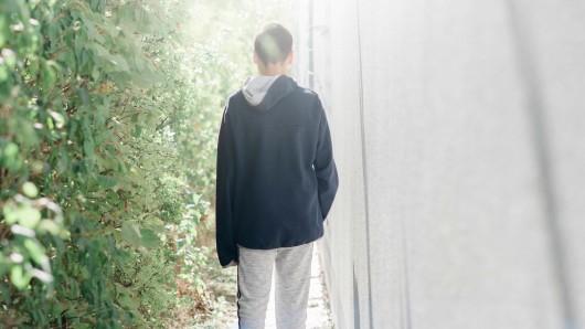 Jena: Ein unbekannter Mann hat am Donnerstag auf verdächtige Art und Weise einen 10-jährigen Jungen angesprochen. (Symbolbild)
