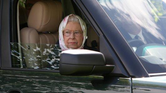Queen Elisabeth fährt ihren Range Rover gerne selbst.