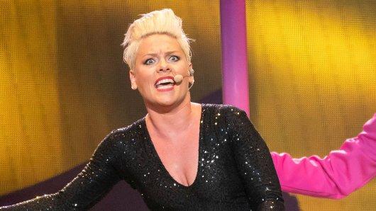 Die Sängerin Pink ist auf Deutschlandtour und sorgt mit einem Foto für Aufsehen.