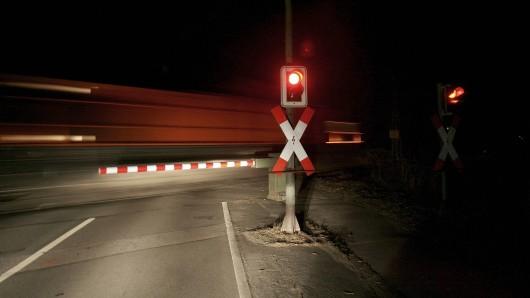 Gut eine Stunde lang ging nichts mehr auf den Gleisen bei Lauscha. (Symbolbild)