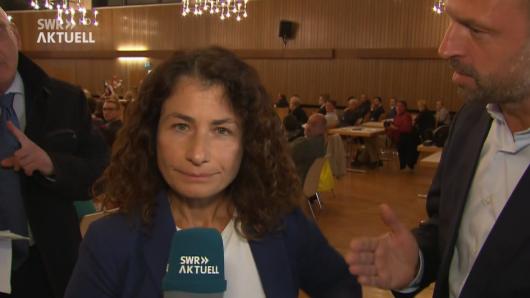 CDU: Journalistin Natalie Akbari wird während einer Schalte auf dem Kreisparteitag von einem Politiker harsch angegangen.