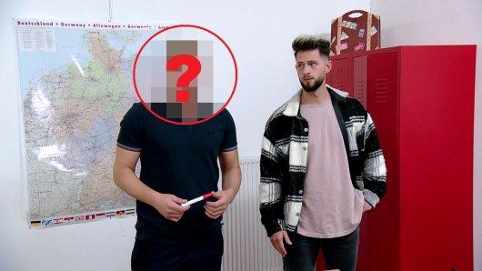 RTL2: In der Kultsoap Krass Schule - Die jungen Lehrer gibt es schon bald ein neues Gesicht zu sehen.