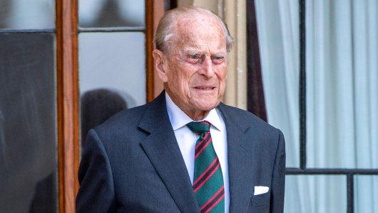 Prinz Philip liegt noch immer im Krankenhaus.