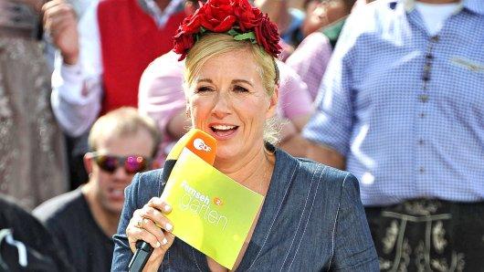 "Andrea 'Kiwi' Kiewel präsentiert den ""Fernsehgarten""."