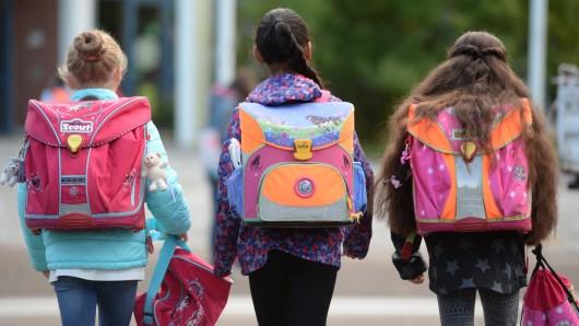 Den Schülern in Ponitz könnte bald ein längerer Schulweg bevorstehen. Ihre Einrichtung ist von der Schließung bedroht. (Symbolfoto)