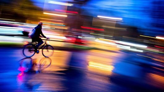 Ein Fahrradfahrer (Symbolbild)