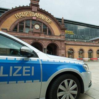 Die Polizei hat am Bahnhof in Erfurt alles mitbekommen. (Symbolbild)