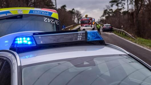 In Thüringen sind bei einem Unfall vier Menschen schwer verletzt worden, darunter zwei Kinder.