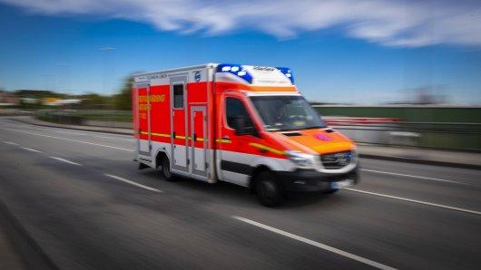 Ein Rentner hatte Rettungskräfte in Thüringen offenbar mit purer Absicht an ihrem Einsatz gehindert. Und damit nicht genug.